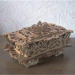 Dekoratif Kutu Modeli Kıl Testere Motifi